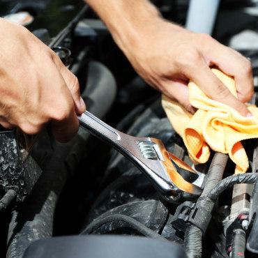 ورشة تصليح السيارات