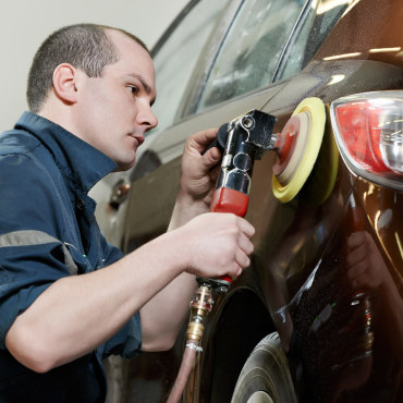إصلاح خدوش السيارة